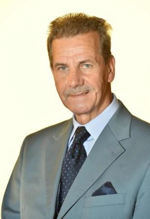 Dr. Franz Fiedler